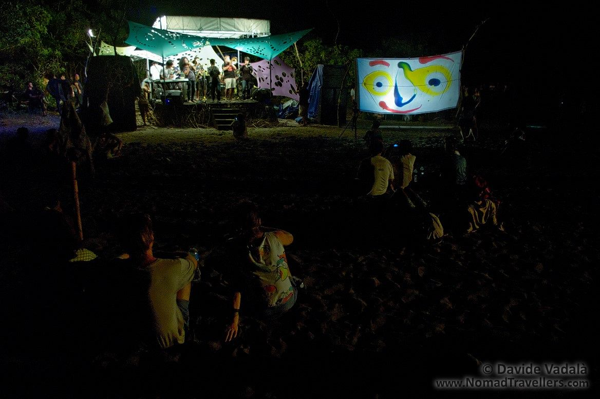 """Musical performances at the stage, with live colour projections """"Liquid Light Show"""" from VJ Biji"""