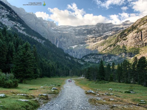 Hiking to the Cirque de Gavarnie