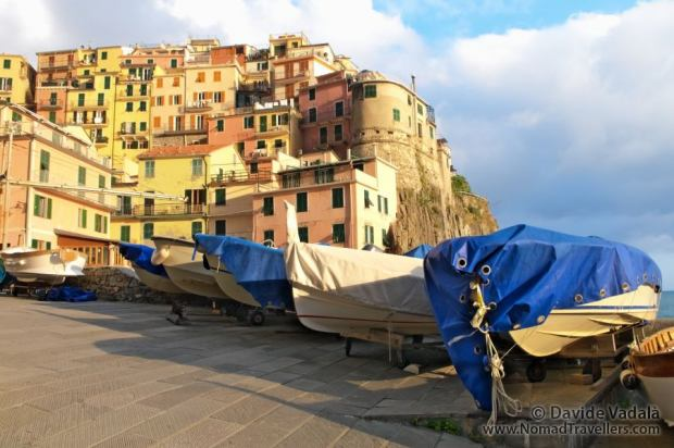Manarola behing the fishermen boats
