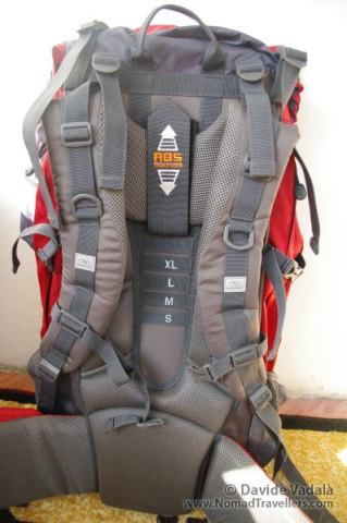 Highlander Discovery 85 liter backpack: back view