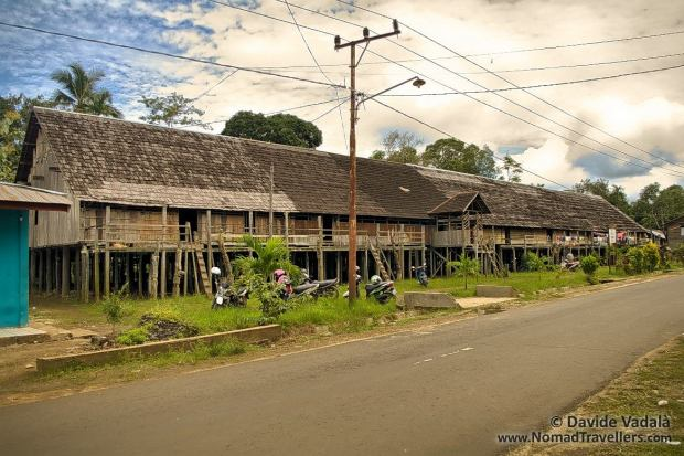 The Dayak Longhouse in Eheng in all of its lenght