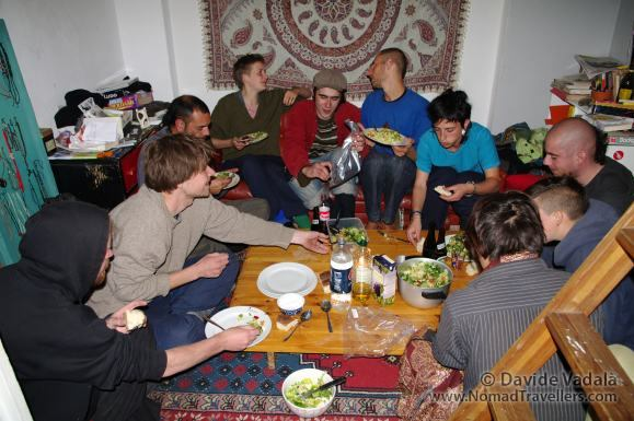 Eating a yummy meal while couchsurfing